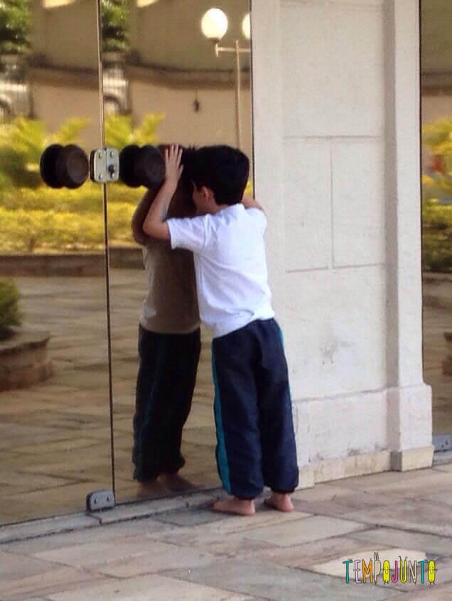 Espelho no dia das crianças