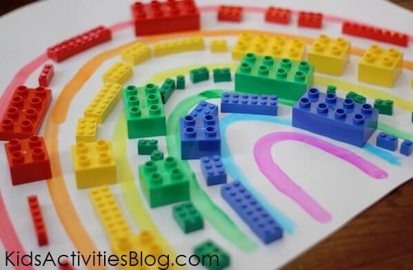 Ideia do fim de semana Arco iris de lego