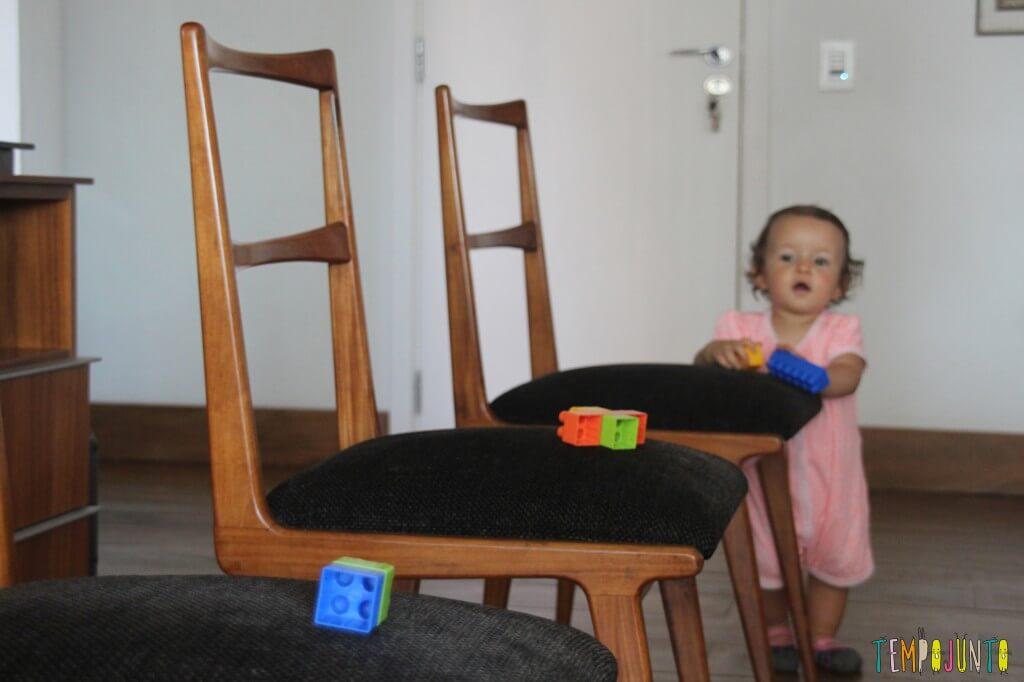 Incentive seu bebê a andar - Gabi vendo a brincadeira
