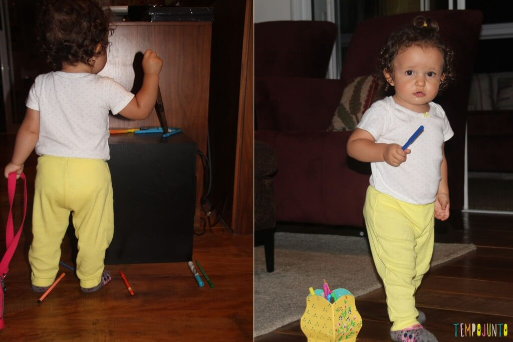 O brincar livre de um bebê - gabi batucando