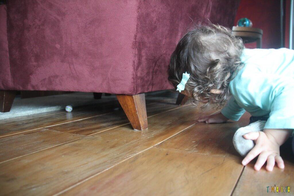 Jogo para bebês - cadê a bolinha - gabi procurando a bolinha
