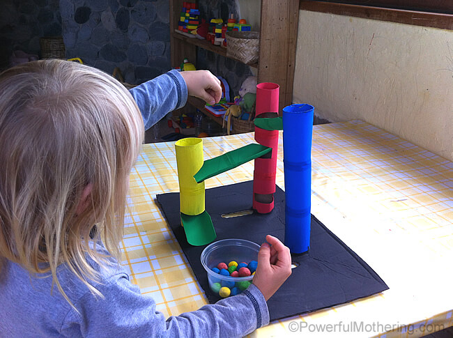 DIY-Marble-Run-from-Toilet-Rolls-play
