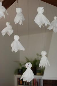 10 ideias criativas para o Halloween - fantasma de kleenex