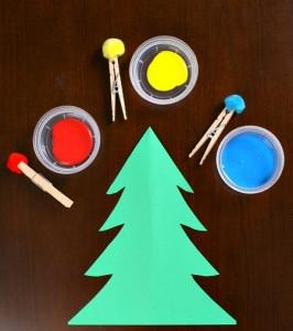 20 cartões de natal criativos para fazer com os filhos - arvore de pompons