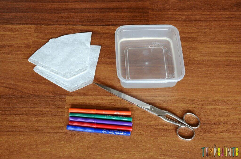 Descobrir as cores com canetinha e filtro de cafe - materiais