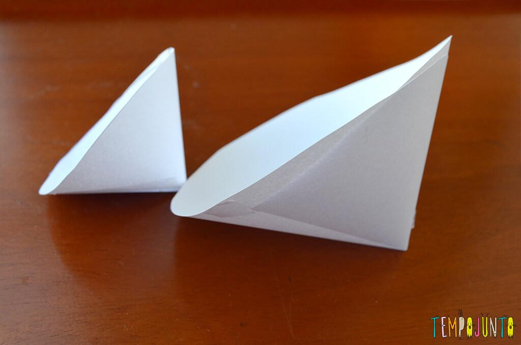 Um brinquedo caseiro fácil, divertido e que desafia a gravidade - cones dobrados