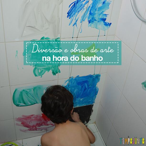 Até o banheiro é lugar de brincar e criar obras de arte