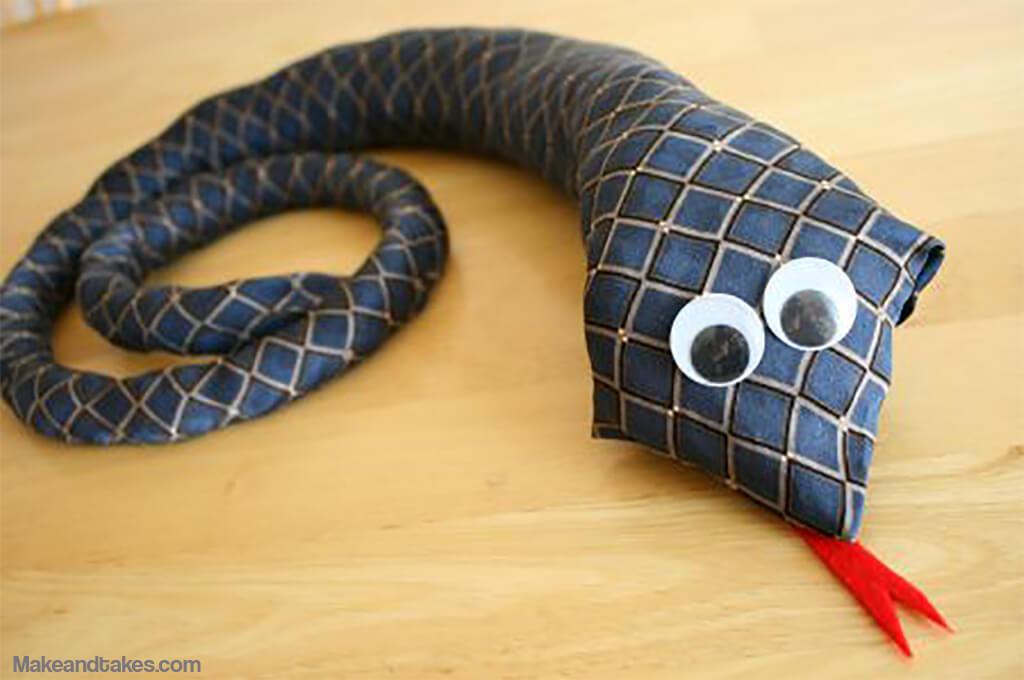 10 presentes feitos em casa para o dia dos pais - cobra de gravata