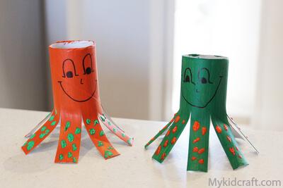 Mais 10 ideias de brinquedos com rolo de papel higiênico - polvo