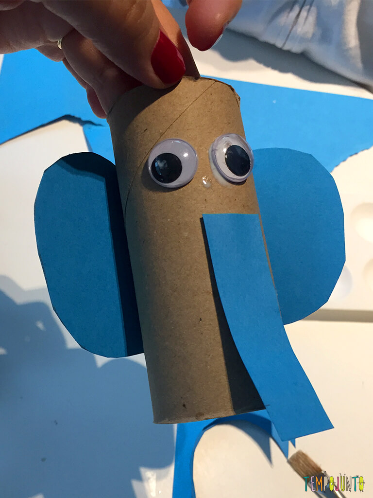 Elefante e outras ideias com rolo de papel higiênico_18.36.42_Quase-resultado-elefante