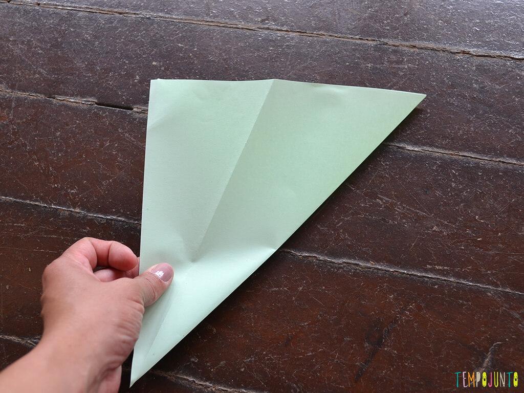 Um brinquedo caseiro que você consegue fazer agora e trazer para brincar com filho_12.16.20_Triangulo-formado