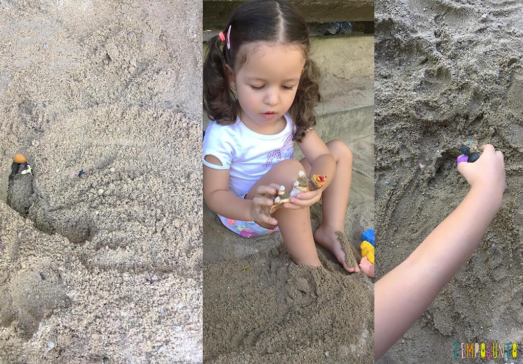 Brincadeiras na pracinha com crianças pequenas - gabi na areia