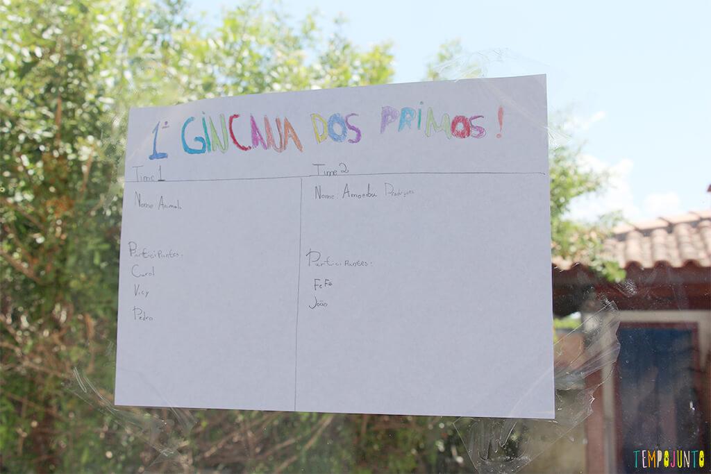 Ideias para organizar uma gincana para crianças grandes - placa dos times