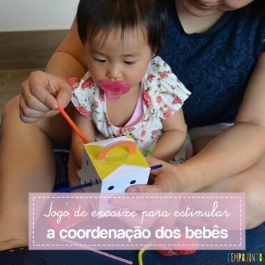 Uma caixinha surpresa para a coordenação motora do bebê de 9 a 18 meses