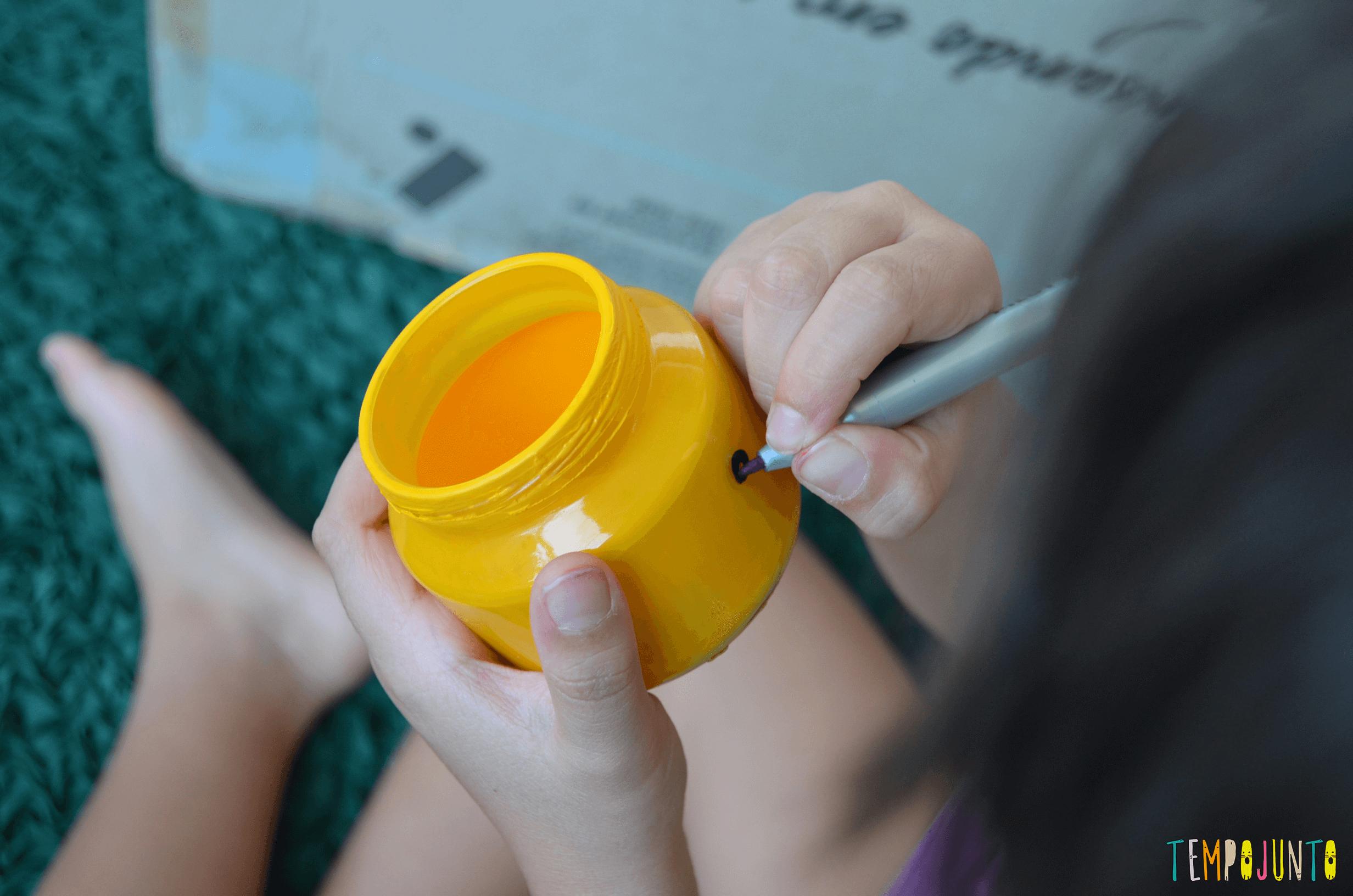 Um porta-treco com cara de Lego simples de fazer - larissa desenhando