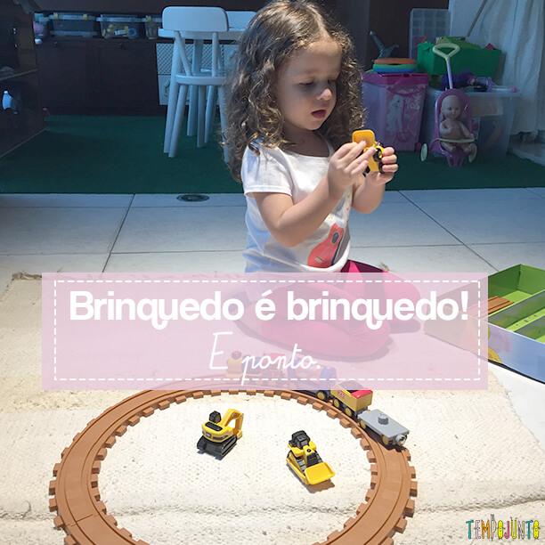 O que fazer quando você só tem brinquedo de menina (ou de menino) em casa?