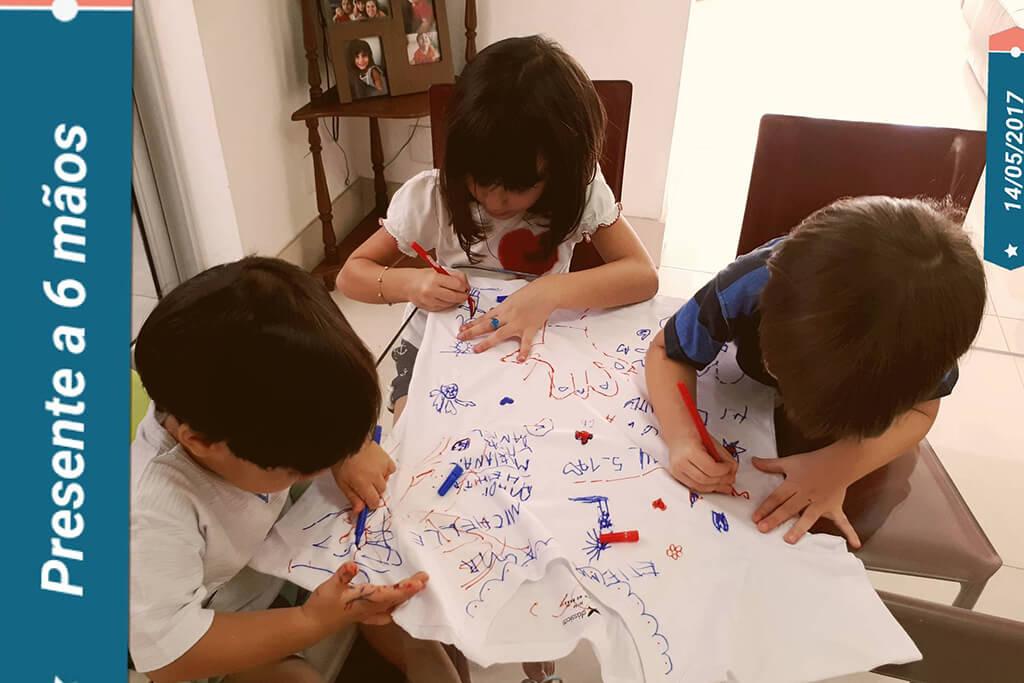 ocê no Tempojunto criatividade a mil por hora - Michelle Lucena - fazendo a camiseta