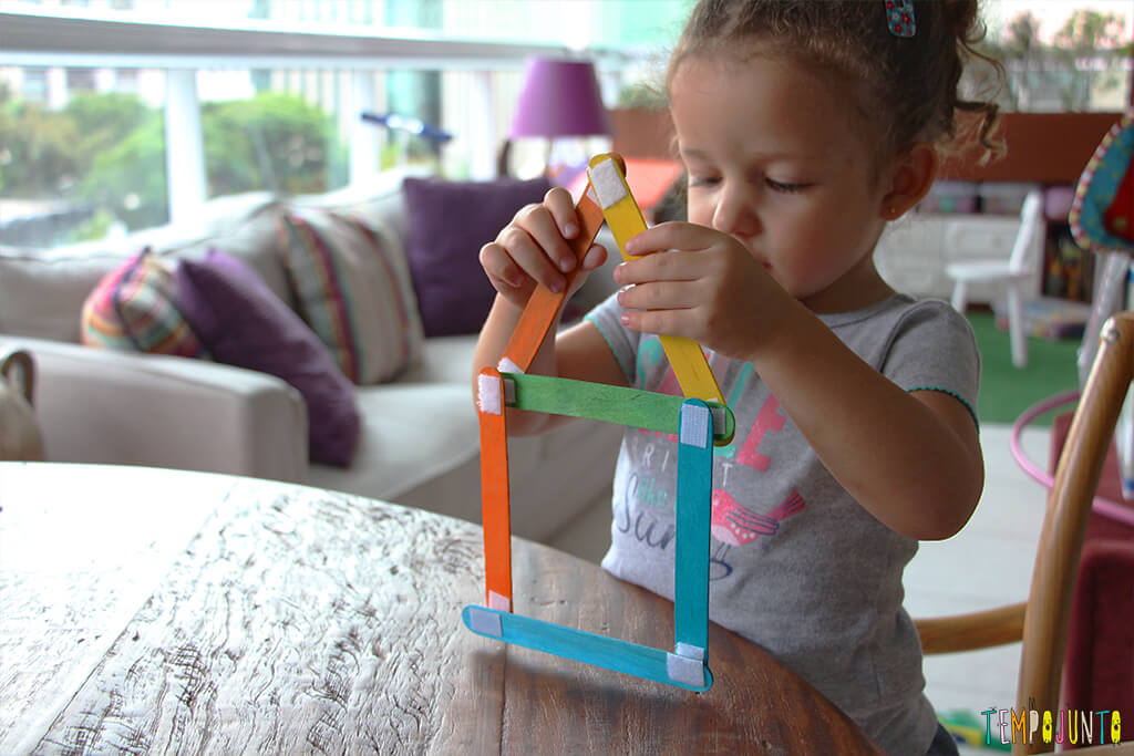 How to make a toy with popsicle stick - gabi leaving the house ready