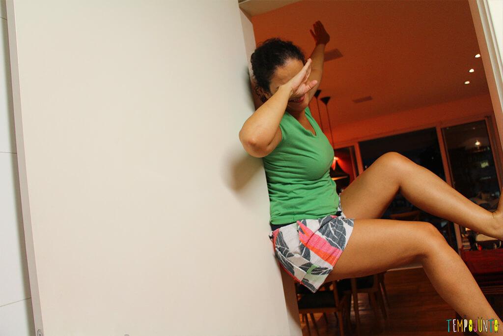 Escalar parede para ser criança - pat fazendo pose