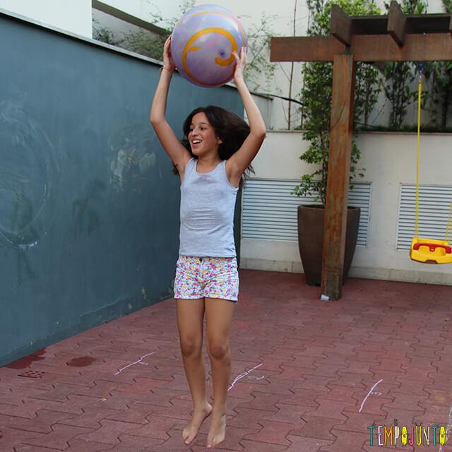 Como brincar de paredão - carol comemorando