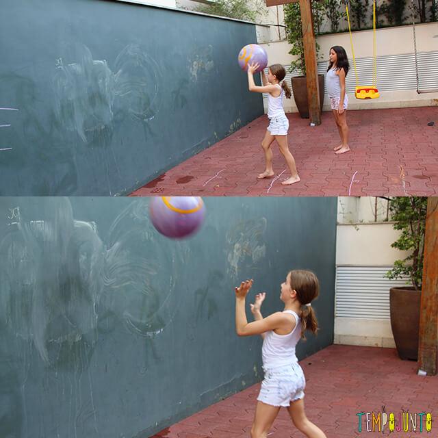 Como brincar de paredão - carol e amiga jogando segunda linha