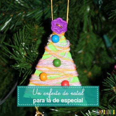 Enfeite de Natal feito pelas crianças
