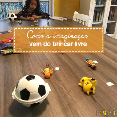 Usar brinquedos de uma nova forma no brincar livre