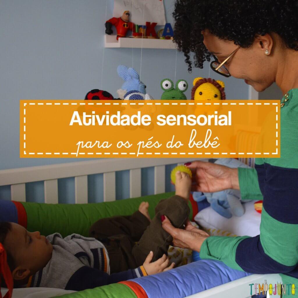 Bolinhas com textura dão uma atividade sensorial para estimular os pés do seu bebê
