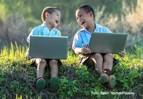 charadas e piadas para fazer com os filhos em qualquer lugar
